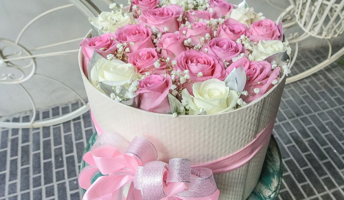 pink-box-bouquet-bali-flower