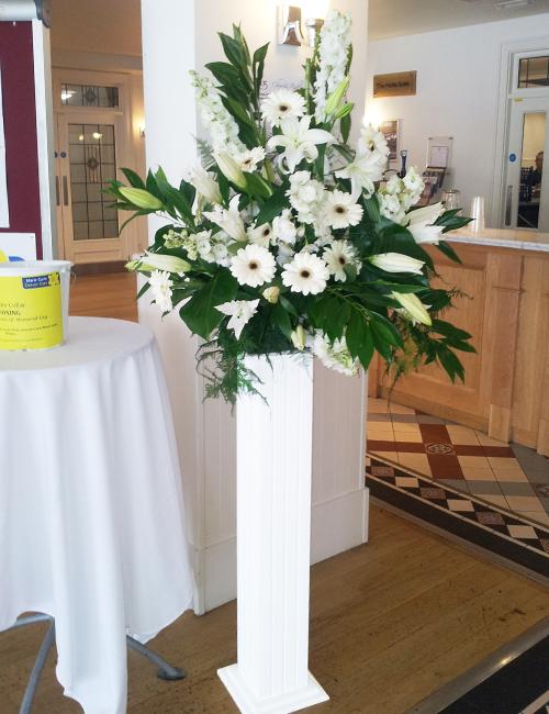 standing-flowers-bali-florist-1100k