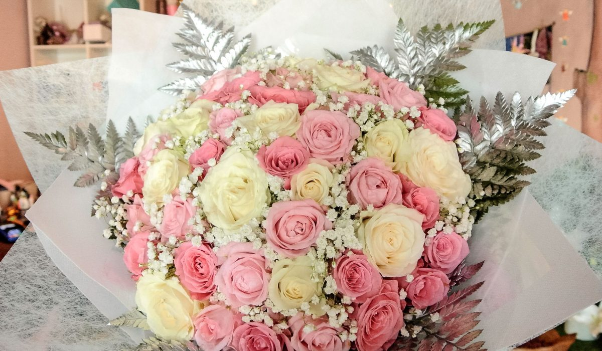 pink-mix-roses-bali-bouquet